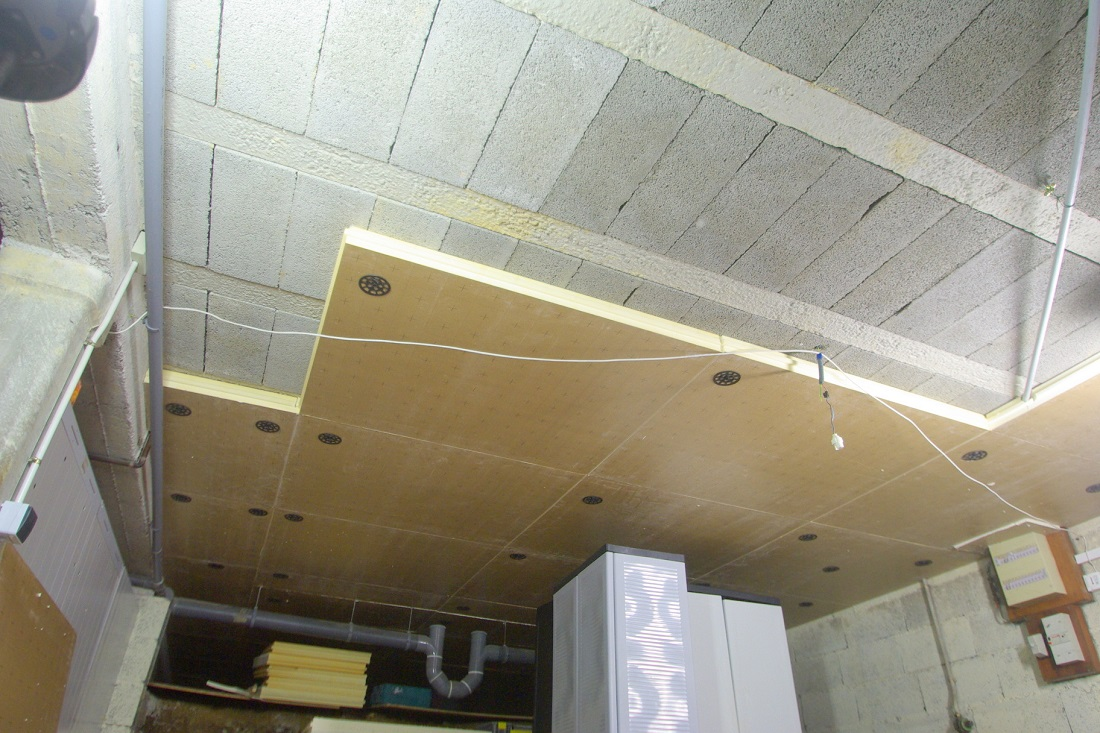 Pose isolation plafond isolation id es for Isolation toit garage