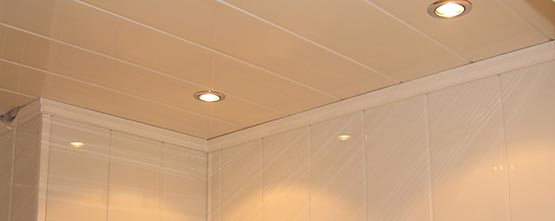 affordable excellent renovation plafond lambris pvc with pvc plafond salle de bain with renovation plafond