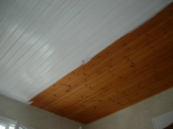 Plafond lambris blanc Isolation idées # Lambris Bois Plafond