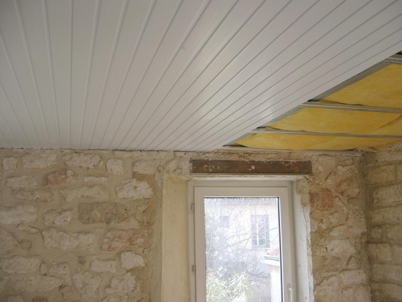 Préférence Plafond de cuisine en lambris pvc - Isolation idées WE03