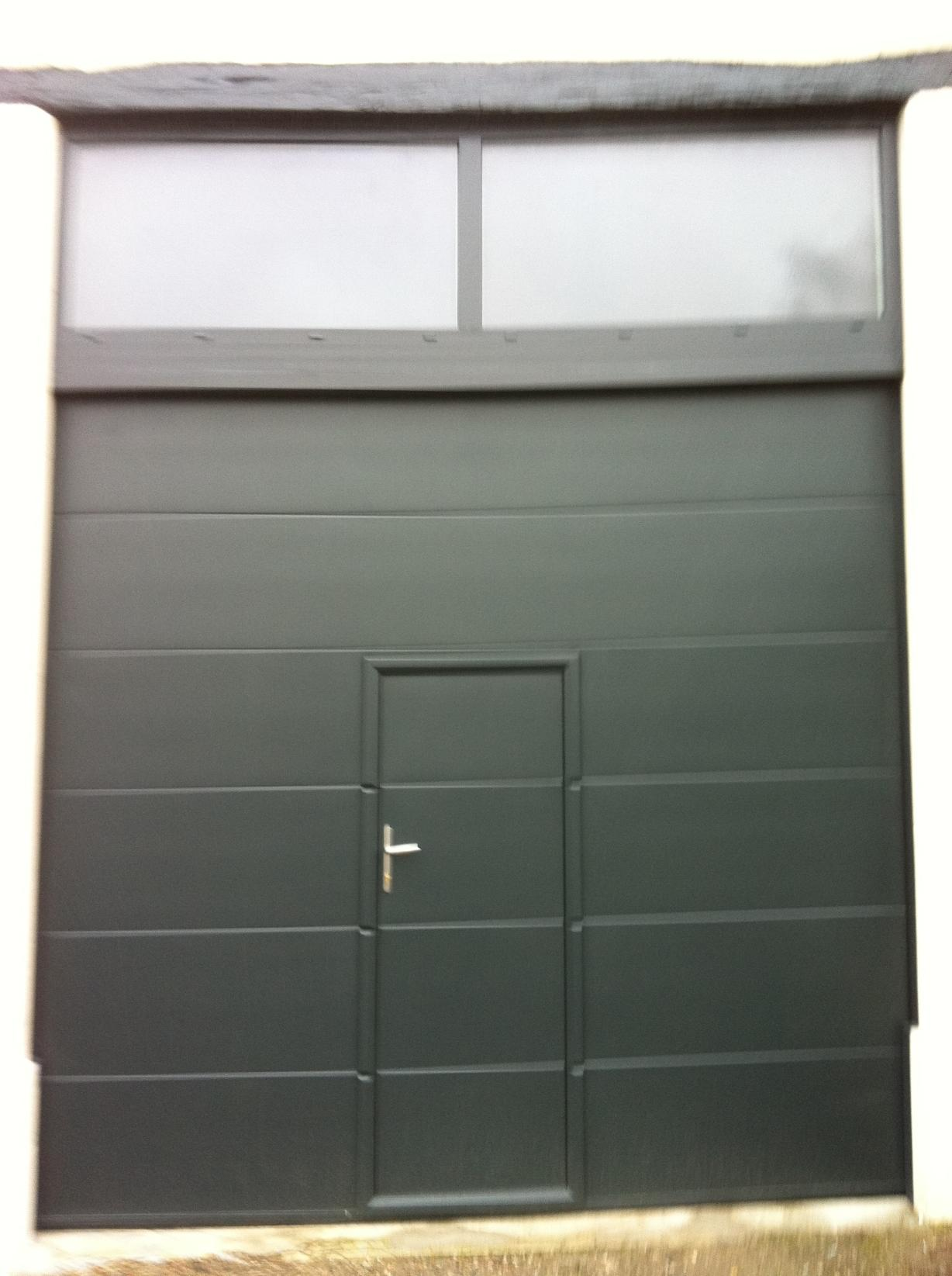 Leroy Merlin Portes De Garage Beautiful Formidable Porte Garage Sur - Porte de garage sectionnelle avec porte de service pvc sur mesure leroy merlin