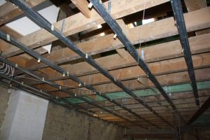 Plafonds suspendus knauf isolation id es - Plafonds suspendus dalles decoratives ...