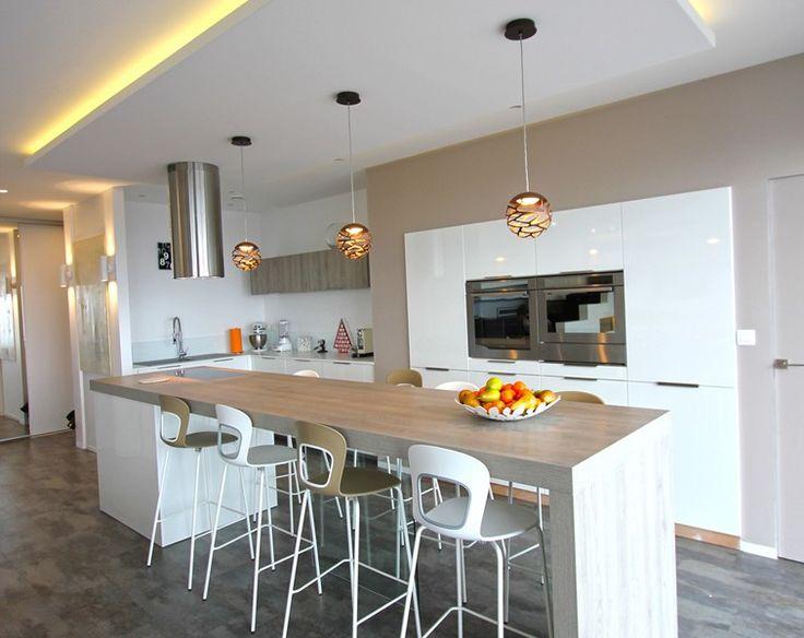 Faux plafond isolant pour atelier isolation id es - Ciel de bar cuisine ...