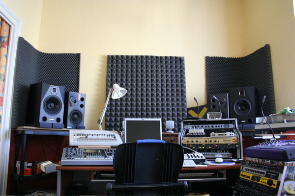 isolation phonique home studio isolation id es. Black Bedroom Furniture Sets. Home Design Ideas