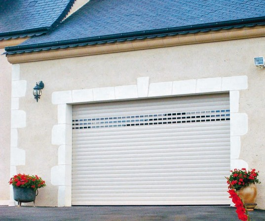 Porte de garage futurol isolation id es for Porte de garage flexidoor