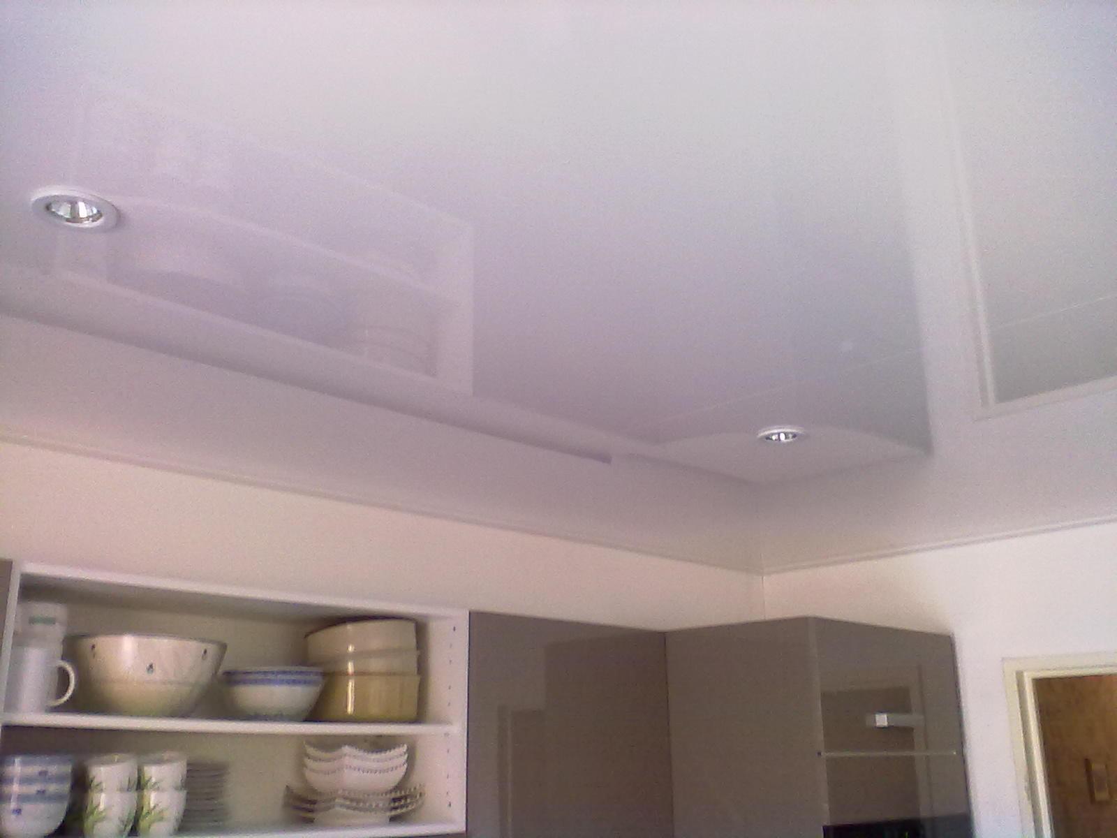 Faux plafond cuisine prix isolation id es for Faux plafond suspendu cuisine