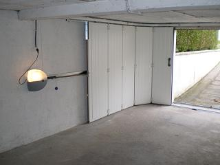 Porte de garage lat rale enroulement isolation id es - Pose d une porte de garage sectionnelle ...