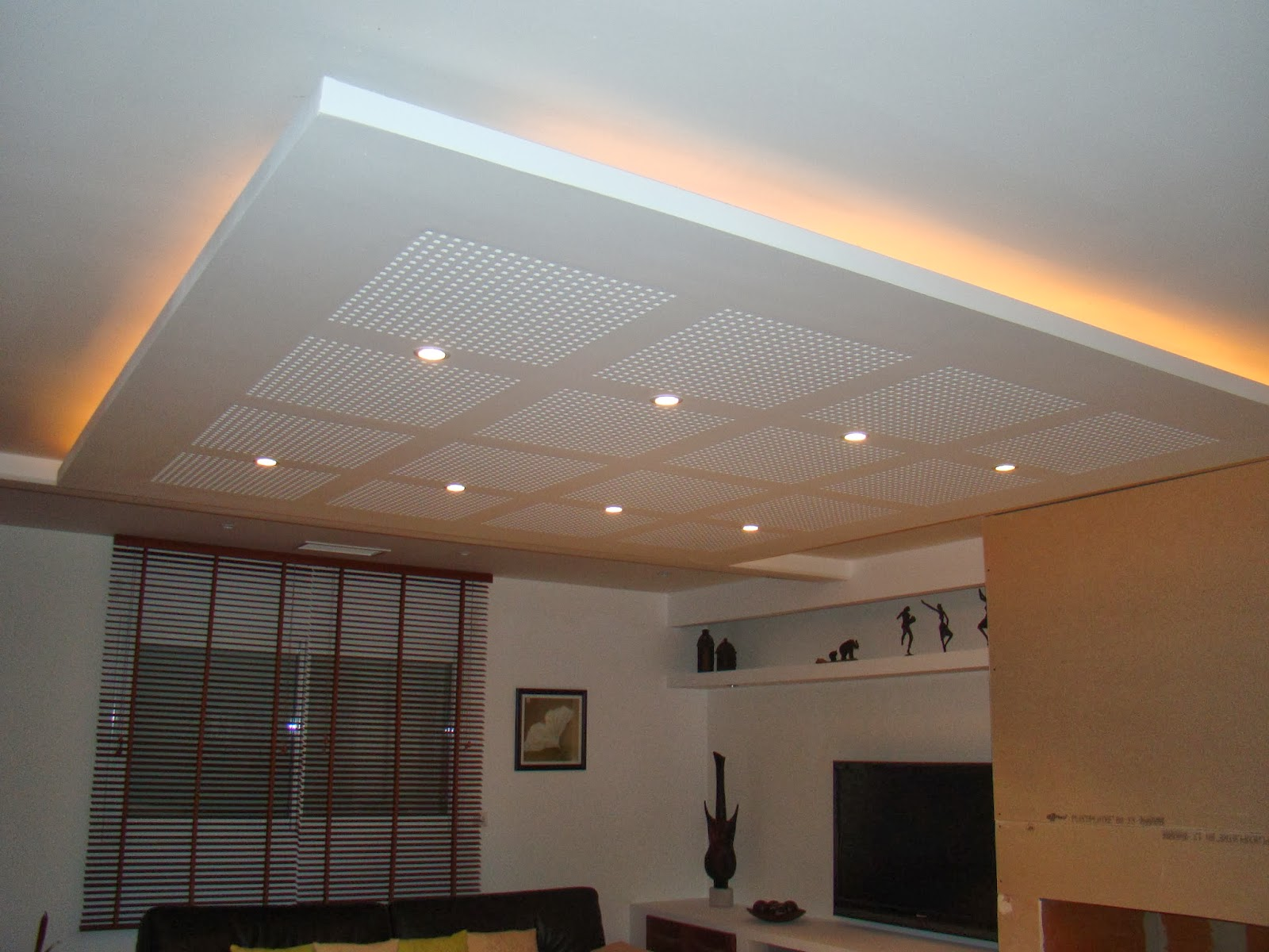 Plafond suspendu en placoplatre isolation id es - Refaire un plafond en placo ...