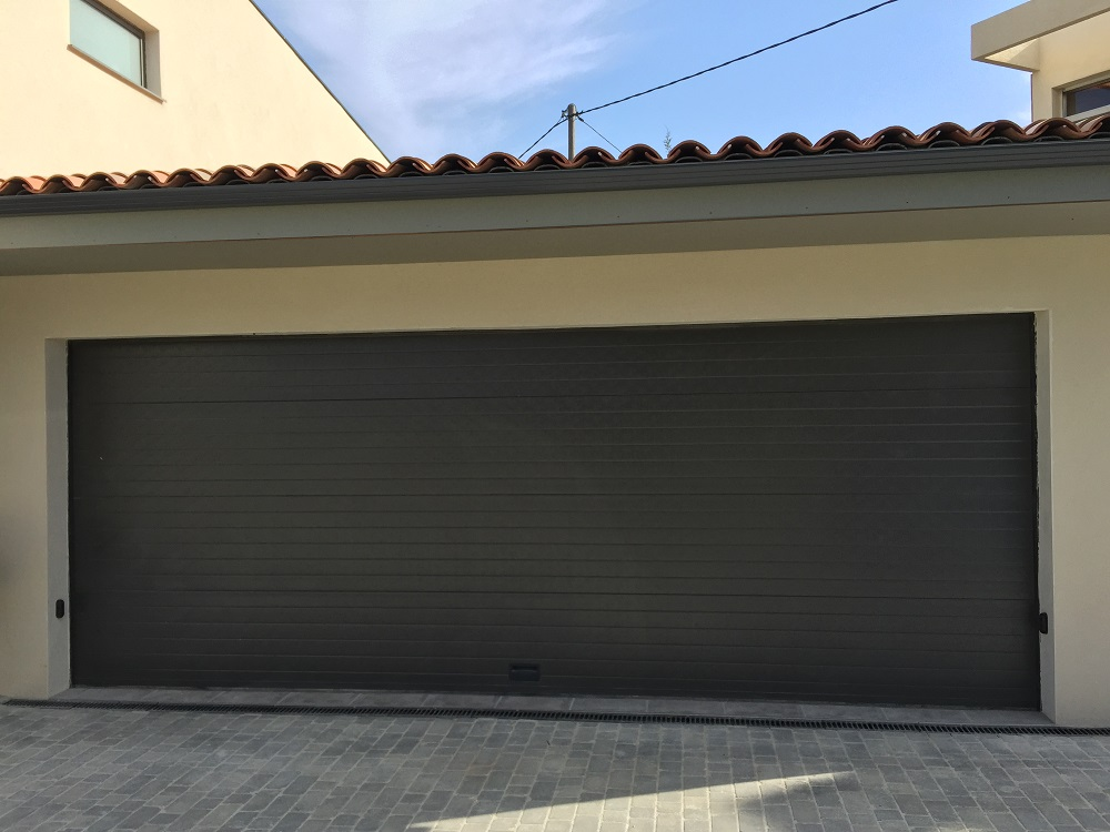 Porte de garage le bon coin isolation id es - Isolation porte de garage coulissante ...