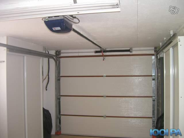 Porte de garage sectionnelle keritek isolation id es - Porte de garage motorisee somfy ...