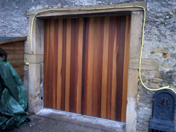 Porte de garage enroulable bois isolation id es - Porte de garage enroulable castorama ...