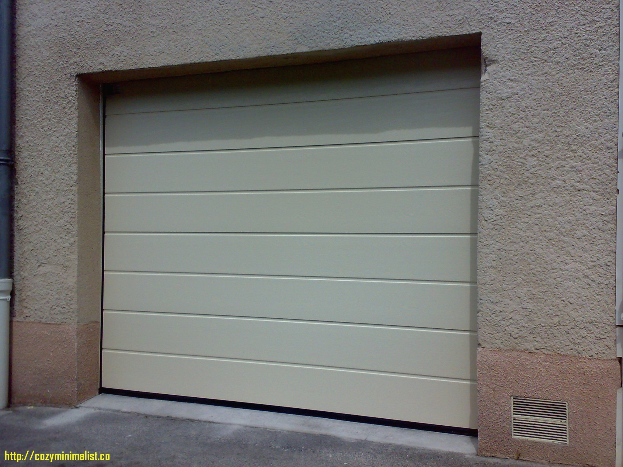 Porte de garage hormann latinne isolation id es for Porte garage hormann
