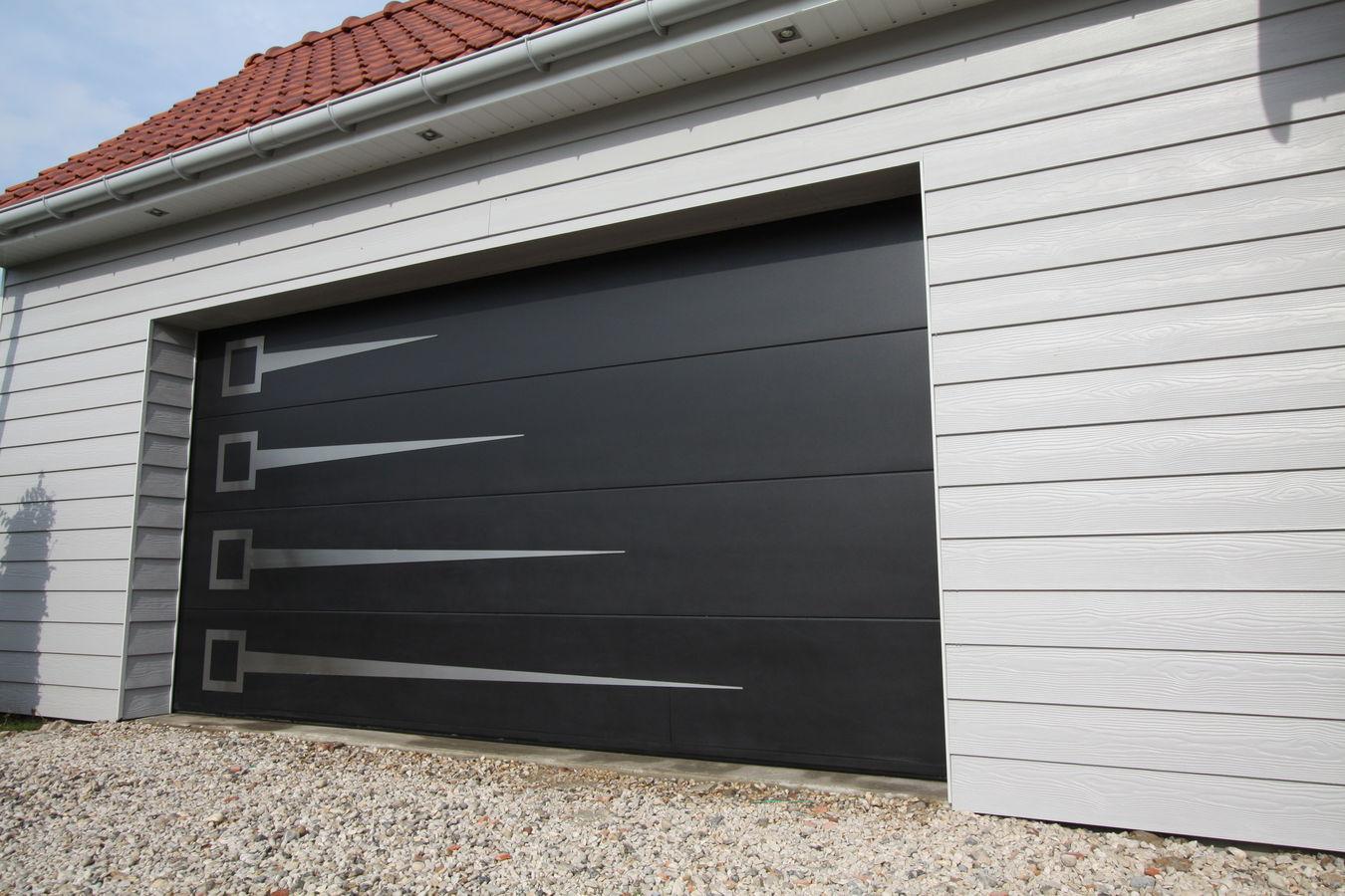 Porte de garage basculante en aluminium isolation id es - Isolation porte de garage basculante ...