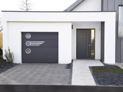 porte de garage sectionnelle villa la toulousaine. Black Bedroom Furniture Sets. Home Design Ideas