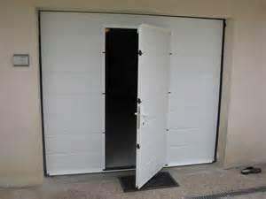 porte de garage sectionnelle motoris e toulouse. Black Bedroom Furniture Sets. Home Design Ideas