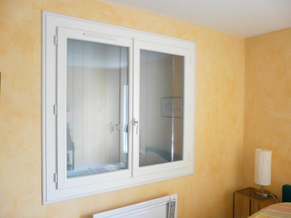 fenetre pvc kbe isolation id es. Black Bedroom Furniture Sets. Home Design Ideas